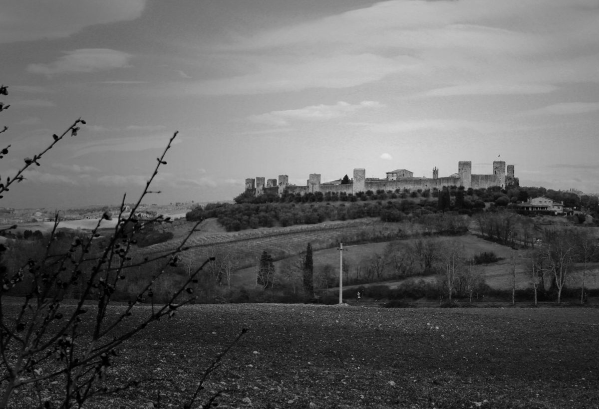 Monteriggioni, Dante's Inferno, viewed from Via Francigena