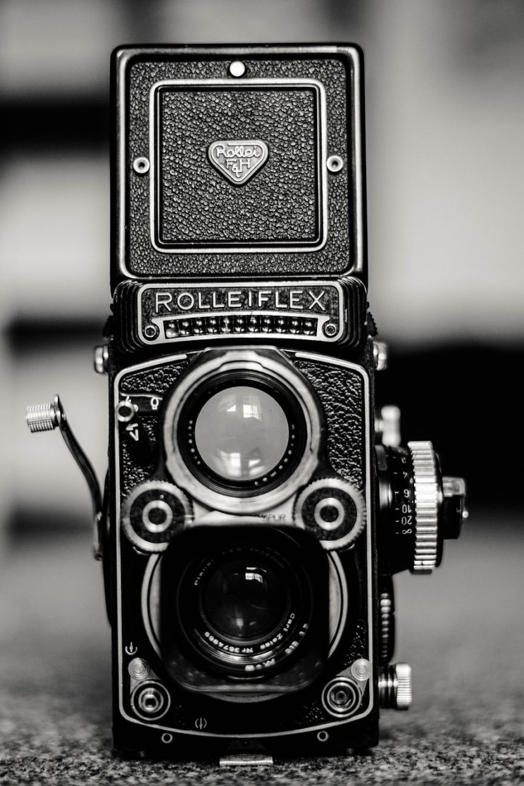 Looking for a unique present for a photographer? Maybe a vintage camera will do!